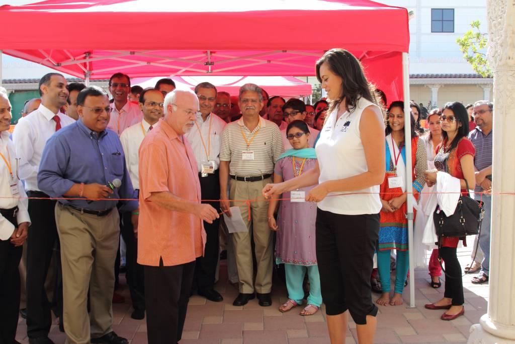 City Council Member Peter Rogers & Vice Mayor Cynthia Moran at the Health Fair Ribbon-Cutting Ceremony.